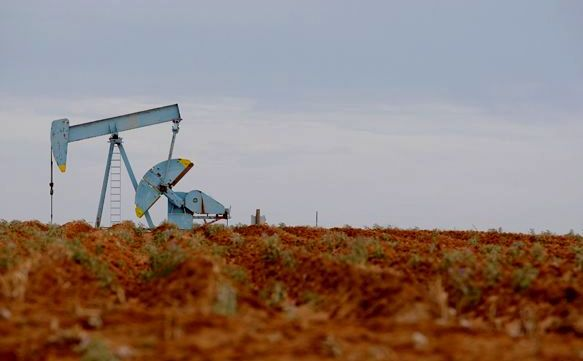 Crude Oil Slip Weighs on Commodity Currencies